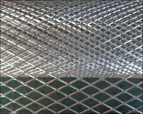 Hot dipped zinc covered expanded metal lathing wire, 1/4 inch diamond hole, in 27inch x 96 inch