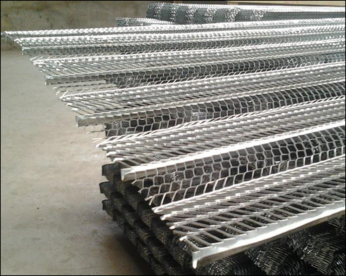 Standard 3.4 rib lath of galvanized iron expanded sheet for plaster, render, stucco in construction